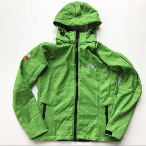 The North Fave Summit Series Windstopper Jacket